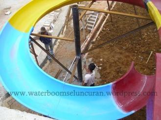 pembuatan waterboom , seluncuran fiber , jamur fiber (20)